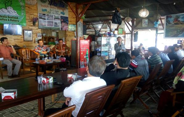 Jumpa Pers dan Ramah Tamah dengan Pemkab Bangka dengan Awak Media se Kabupaten Bangka, Sabtu (27/10/19) di restoran Pantai Batu Bedaun Sungailiat.